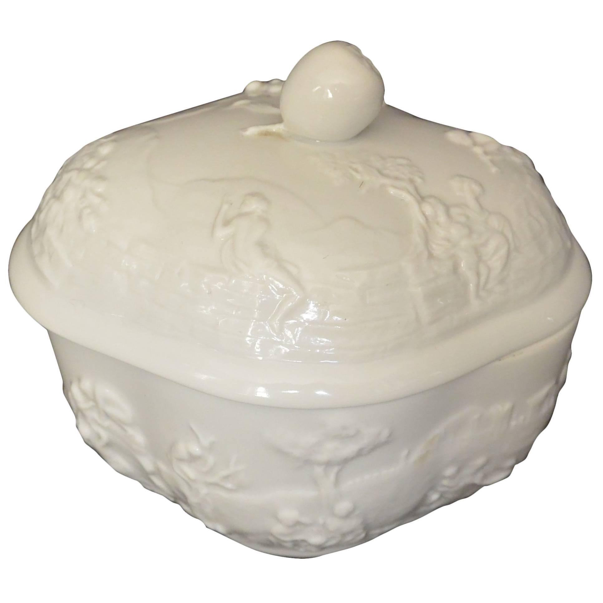 Capodimonte Porcelain Box