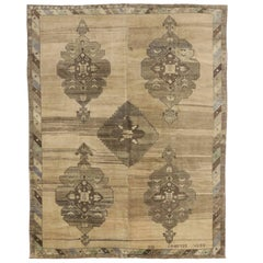 Vintage Turkish Kars Rug with Mid-Century Modern Style and Warm Neutral Colors