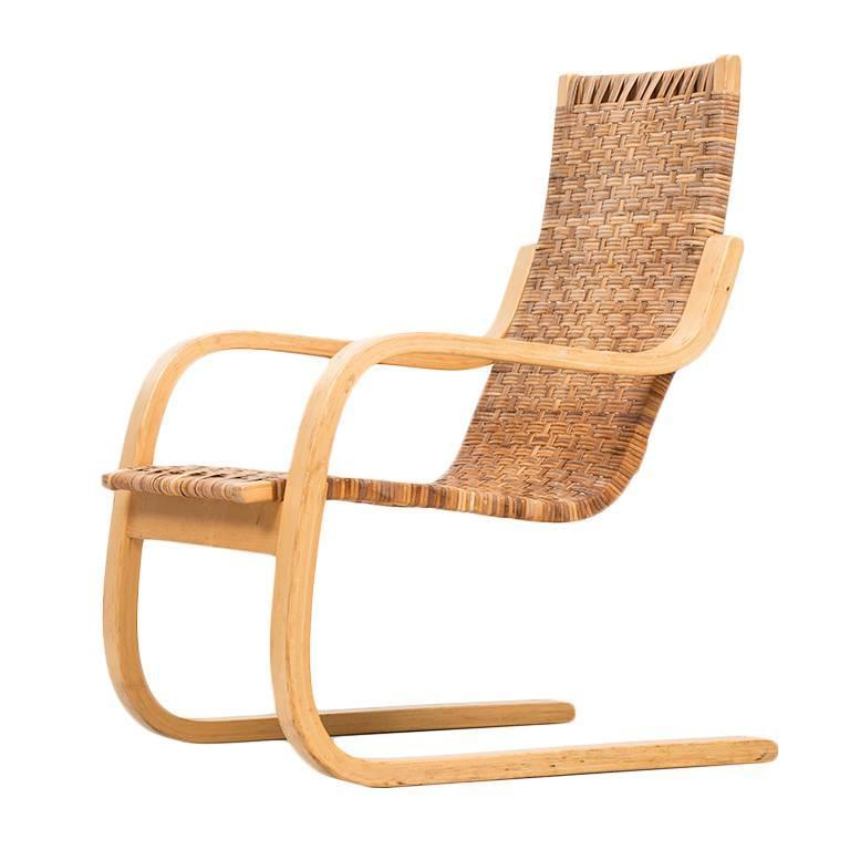Beau Alvar Aalto Easy Chair Model 406 By Artek In Finland For Sale