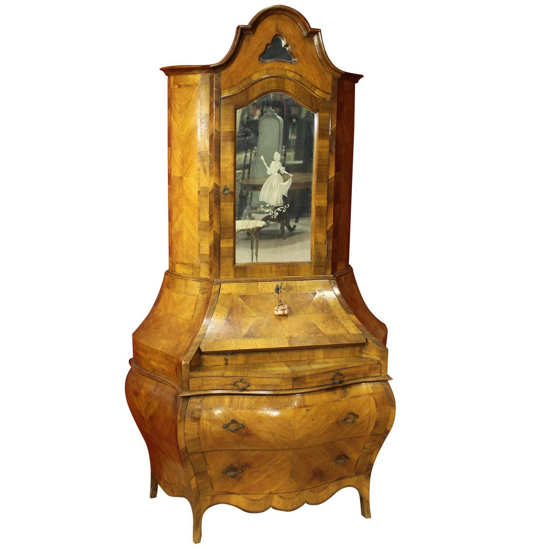 20th century walnut bureau with mirrors for sale at 1stdibs for Bureau with mirror