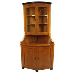 Biedermeier Period Corner Cupboard, circa 1820, Northern Germany