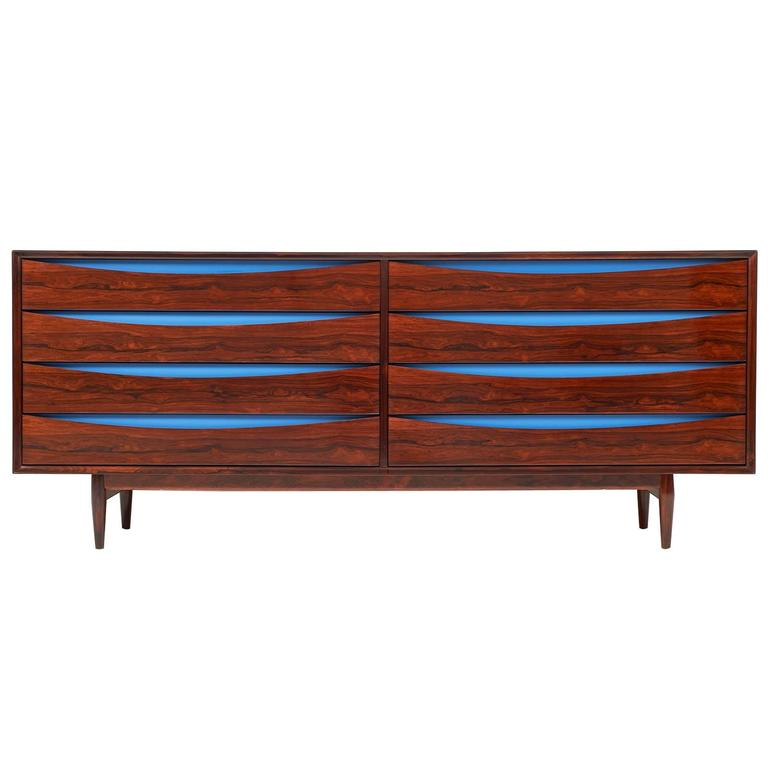 Triennale Rosewood Eight Drawer Double Chest by Arne Vodder for Sibast