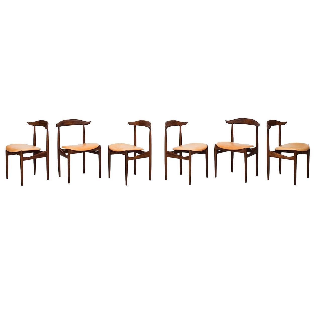 Knud Færch Dining Chairs Model 215 by Slagelse Møbelværk in Denmark