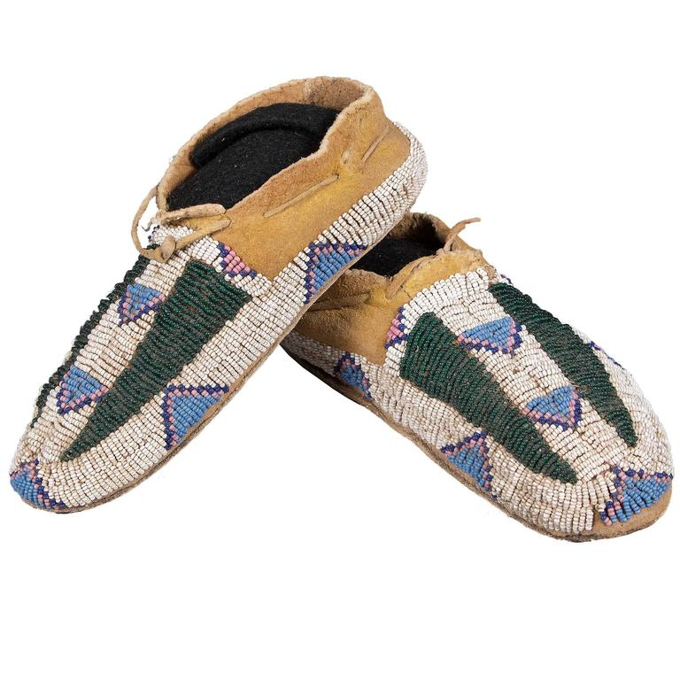 Antique Native American Beaded Child's Moccasins, Arapaho, 19th Century