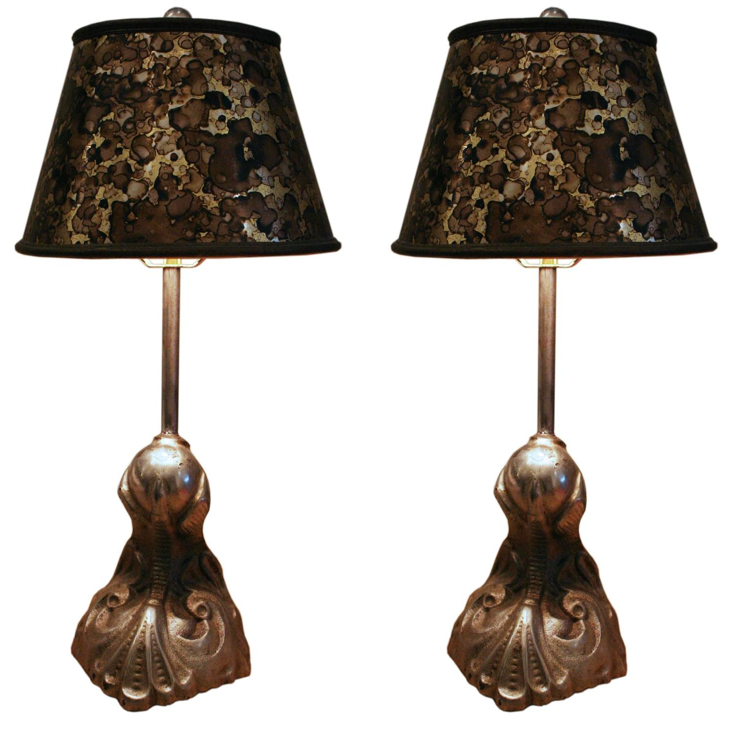 pair of late 19th century victorian table lamps for sale at 1stdibs. Black Bedroom Furniture Sets. Home Design Ideas