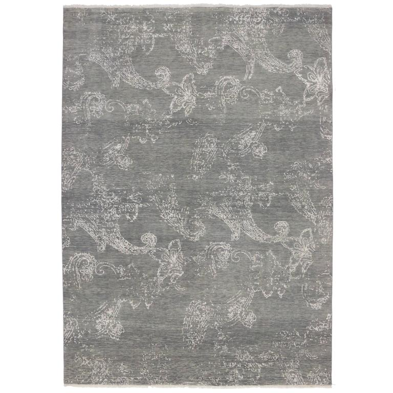 Transitional Gray Rug with Contemporary Abstract Design and Modern Style