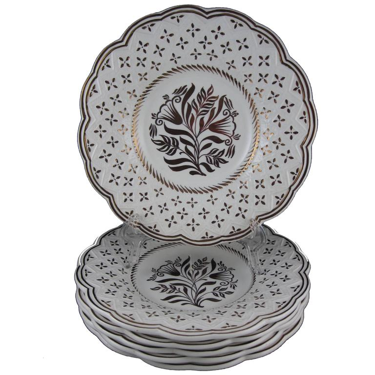 Wedgwood Gold Lustre Gothic Revival Floral Earthenware Plates, Set ...