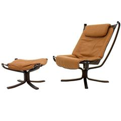 """Sigurd Resell Lounge Chairs with Footstool """"Falcon,"""" Norway 1970s"""