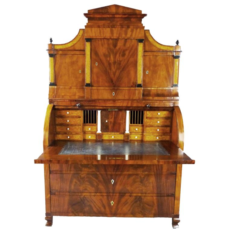 Bureau Secretaire Dutch Biedermeier Cylinder Top 19th Century  For Sale