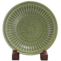 14th Century Chinese Yuan Dynasty Longquan Celadon Charger