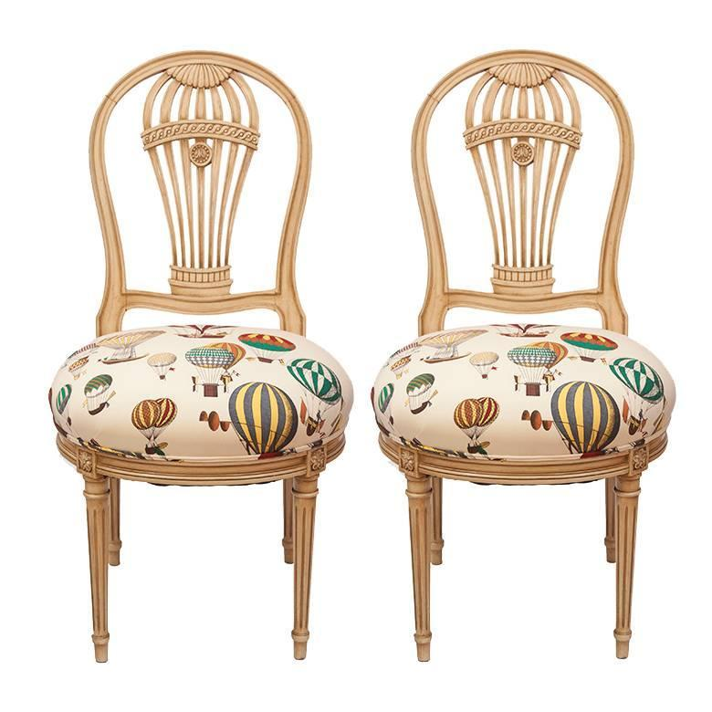 Superbe Maison Jensen Balloon Chairs Upholstered In Fornasetti Balloon Fabric, Pair  For Sale At 1stdibs