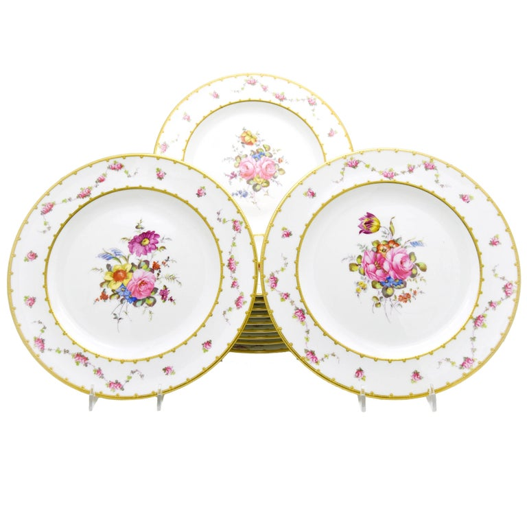 Set of 12 Royal Crown Derby Hand-Painted Dinner Plates with Floral Bouquets For Sale