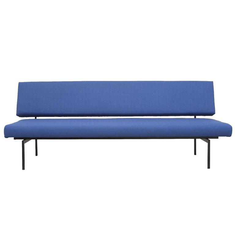 royal blue gijs van der sluis streamline sofa for sale at 1stdibs. Black Bedroom Furniture Sets. Home Design Ideas