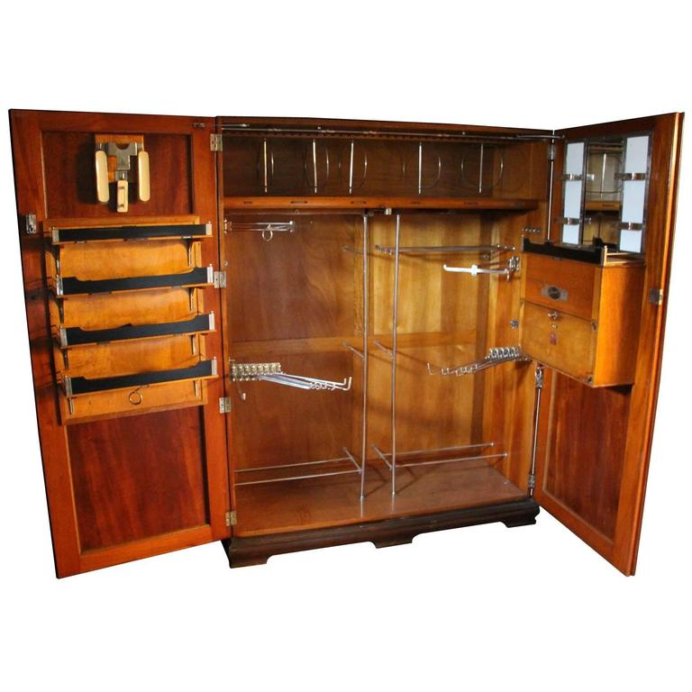 1930s Very Large All Fitted Closet, Extra Large Mahogany Steamer Trunk For  Sale