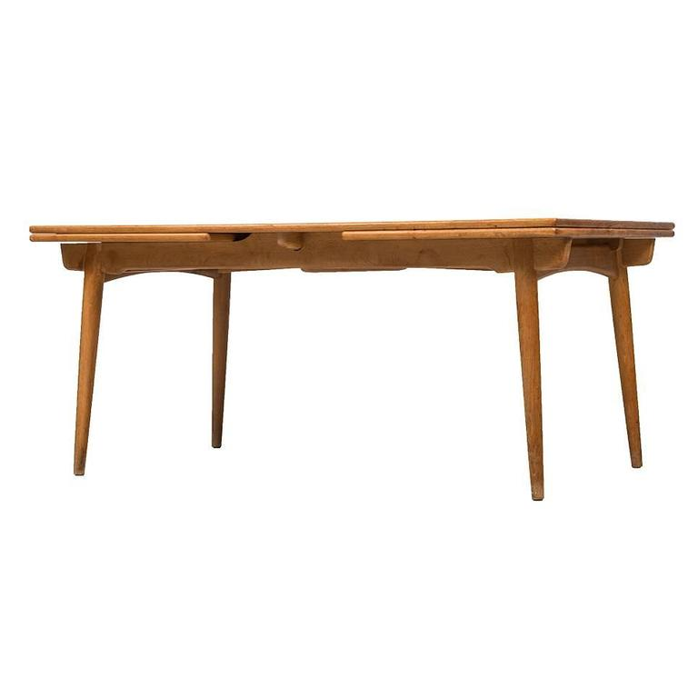 Hans wegner dining table model at 312 by andreas tuck in Andreas furniture