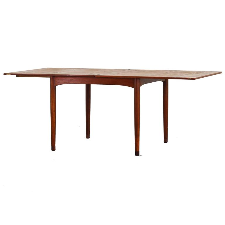 rare dining expandable table with flip topborge mogensen for