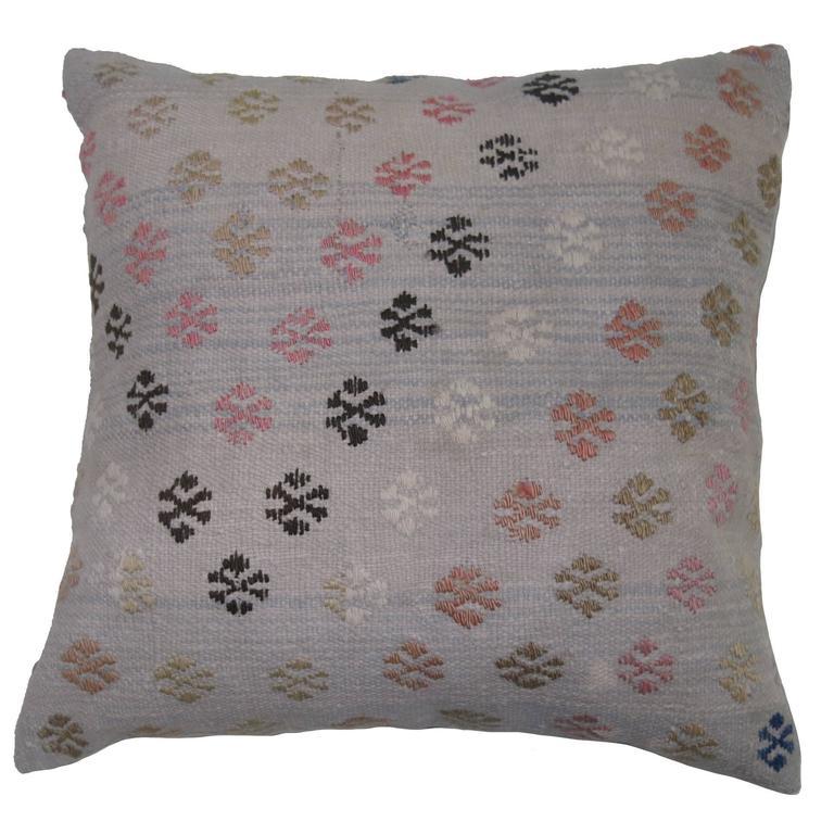 Jajim Pillow