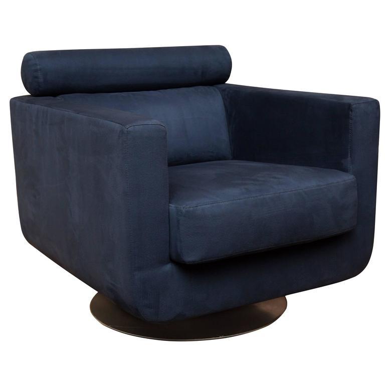 Italian Swivel Lounge Chair In Ultrasuede By Natuzzi For
