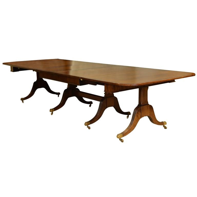 Regency mahogany four pillar 18 seat extending table for for Pillar dining table
