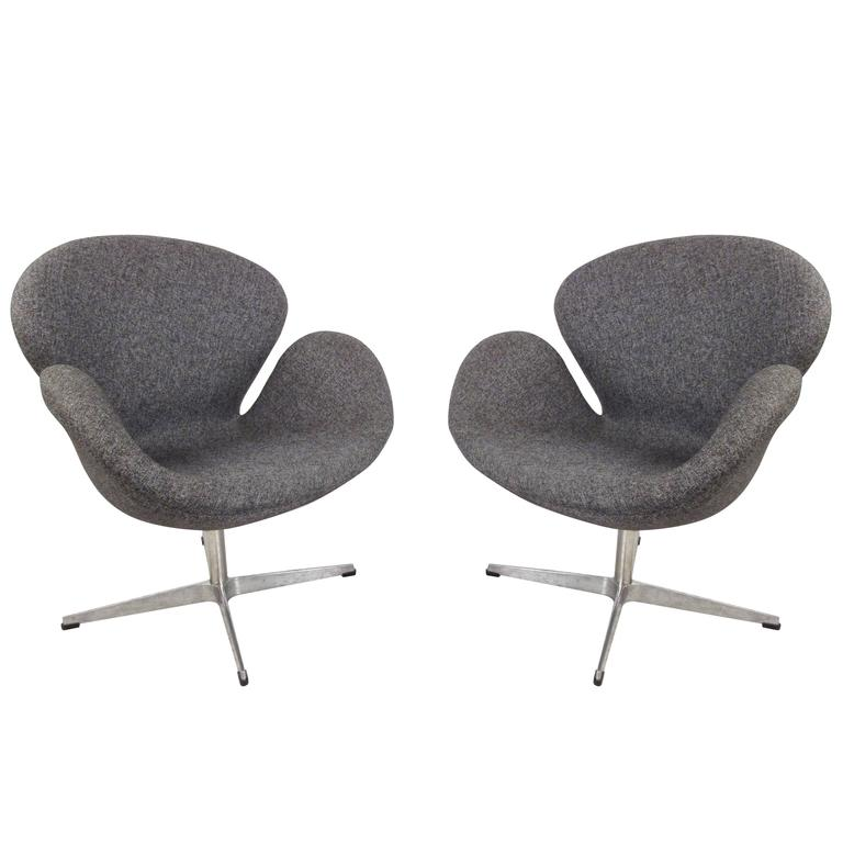 Pair Of Mid Century Modern Arne Jacobsen Style Swivel Lounge Chairs For Sale