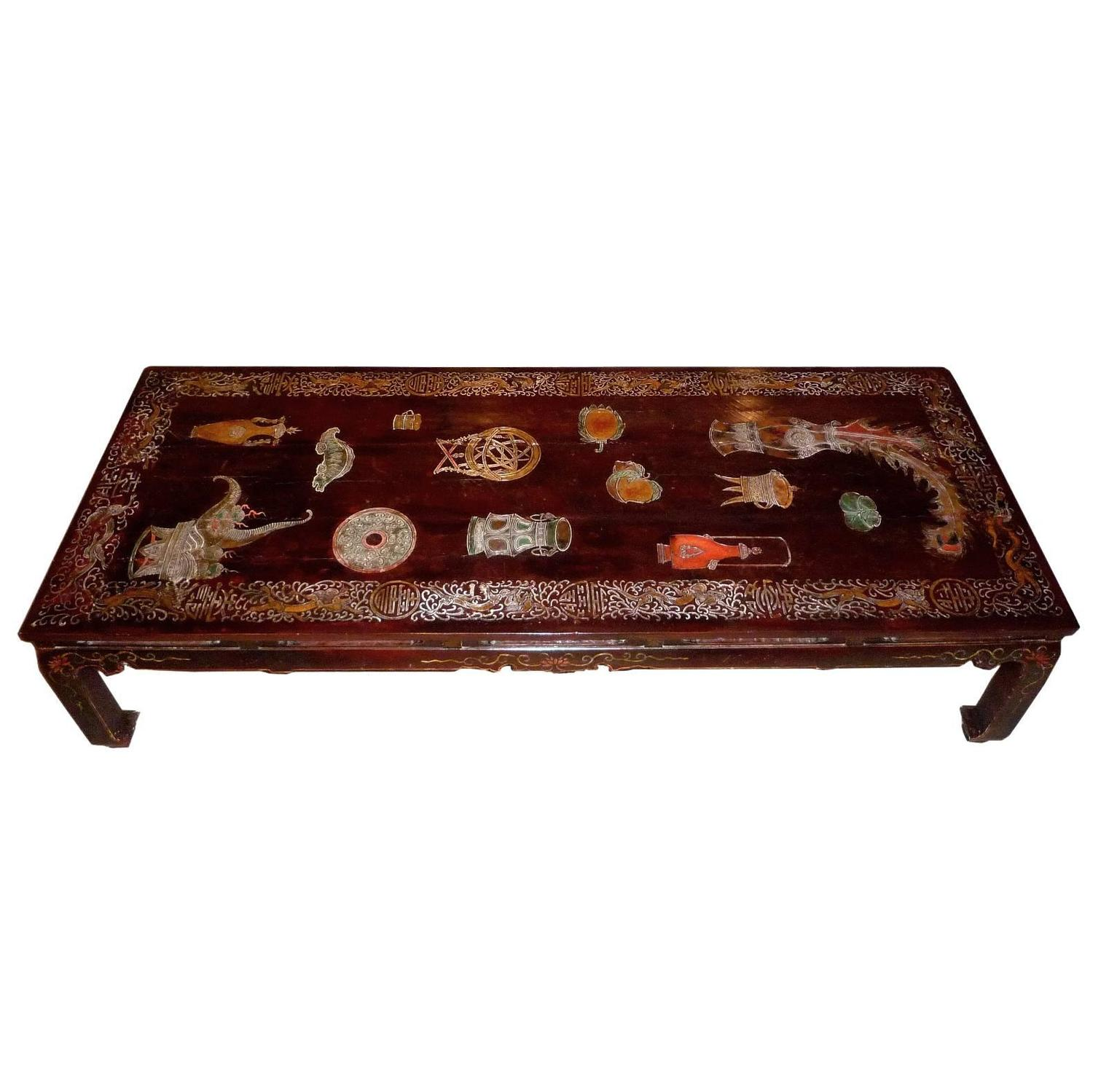 Chinese Red Lacquer Coffee Table with Woven Rice Top For Sale at