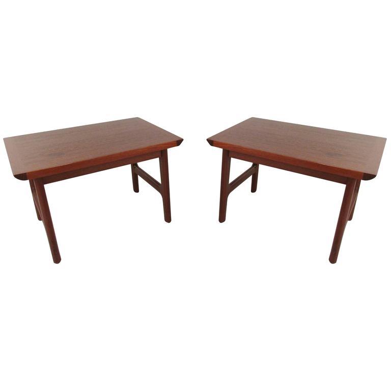 Pair of Scandinavian Modern Teak End Tables