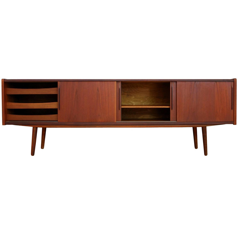 Mid Century Modern Sideboard Credenza Danish Design 1950s At 1stdibs