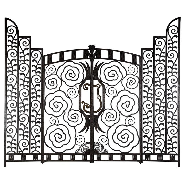 Superb Pair of French Art Deco Gates For Sale