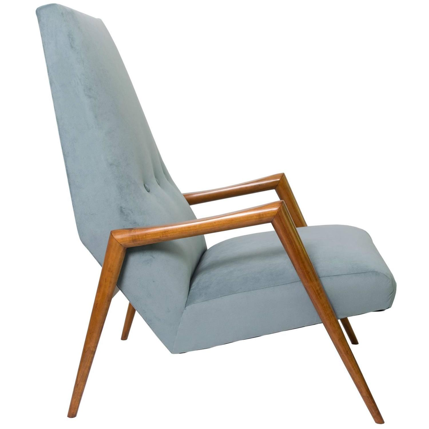 Modern Lounge Chair. Modern Lounge Chair