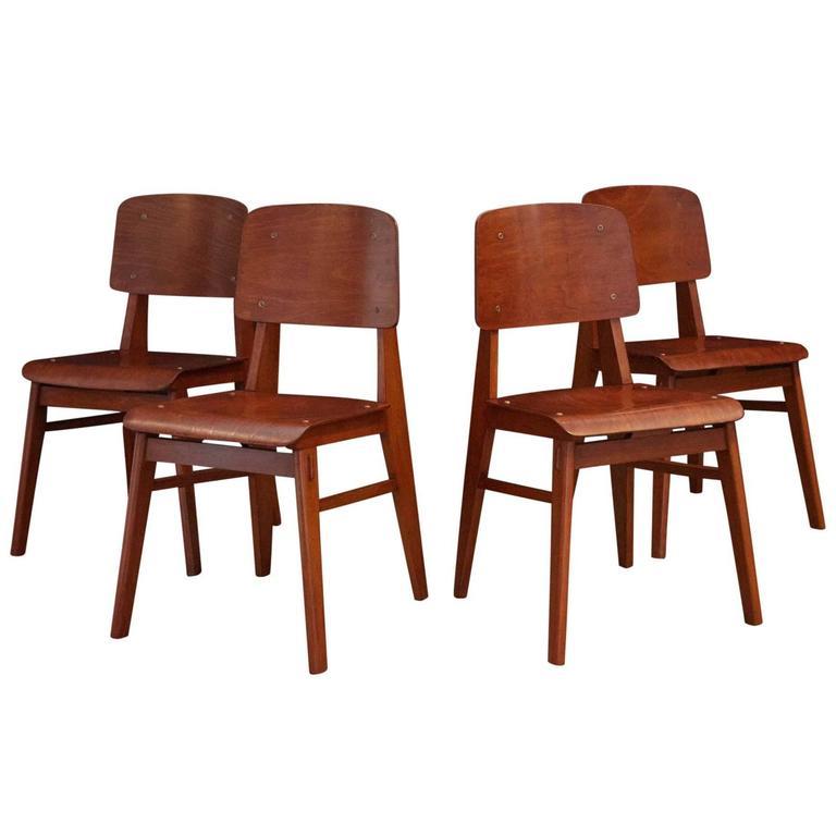 set of jean prouv chaise en bois france 1940 at 1stdibs. Black Bedroom Furniture Sets. Home Design Ideas
