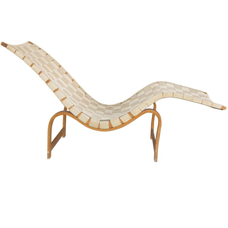 Swedish modern model 36 chaise longue by bruno mathsson at - Chaise longue cuir fly ...