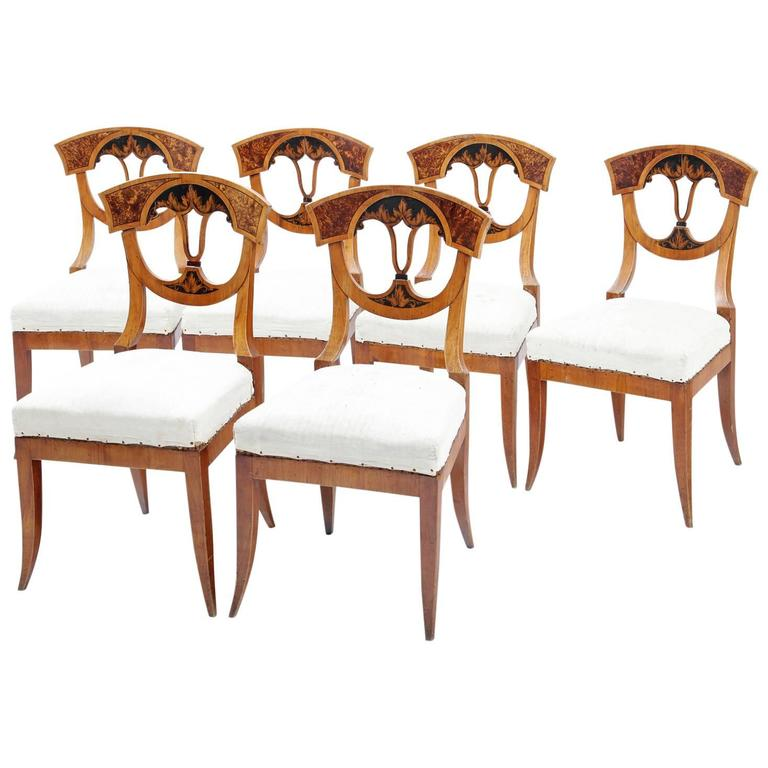Neoclassical dining chairs german franconia 1820 at 1stdibs for Dining room in german
