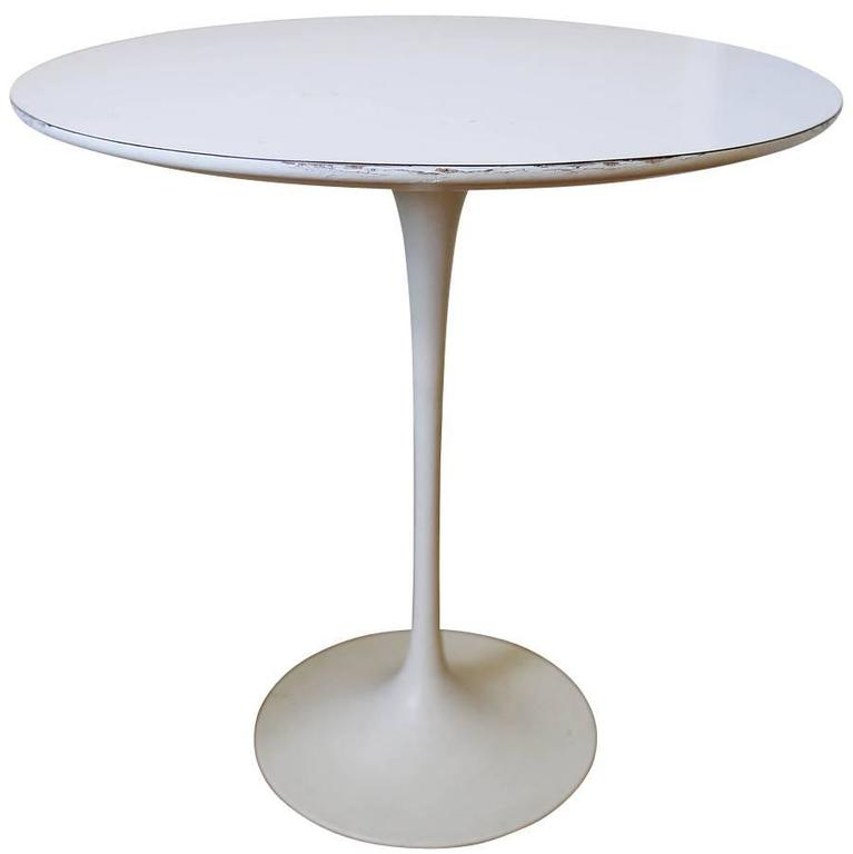 Classic Saarinen Mid-Century Tulip Side Table At 1stdibs