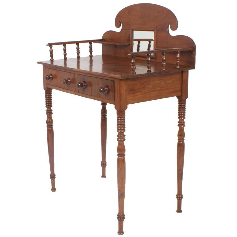 Antique 19th century west indies server in mahogany at 1stdibs for Case in stile british west indies