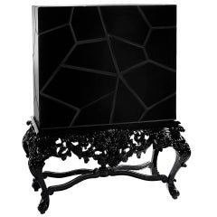 Queen Cabinet in Black Lacquered Mahogany