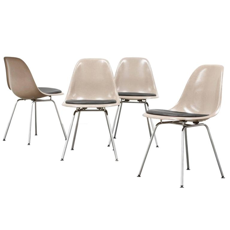 Set of Four Fiberglass Dining Chairs DSX, Ray & Charles for Eames Herman  Miller 1
