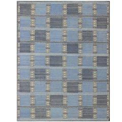 Skandinavischer / Schwedischer Geometrischer Teppich in Blau