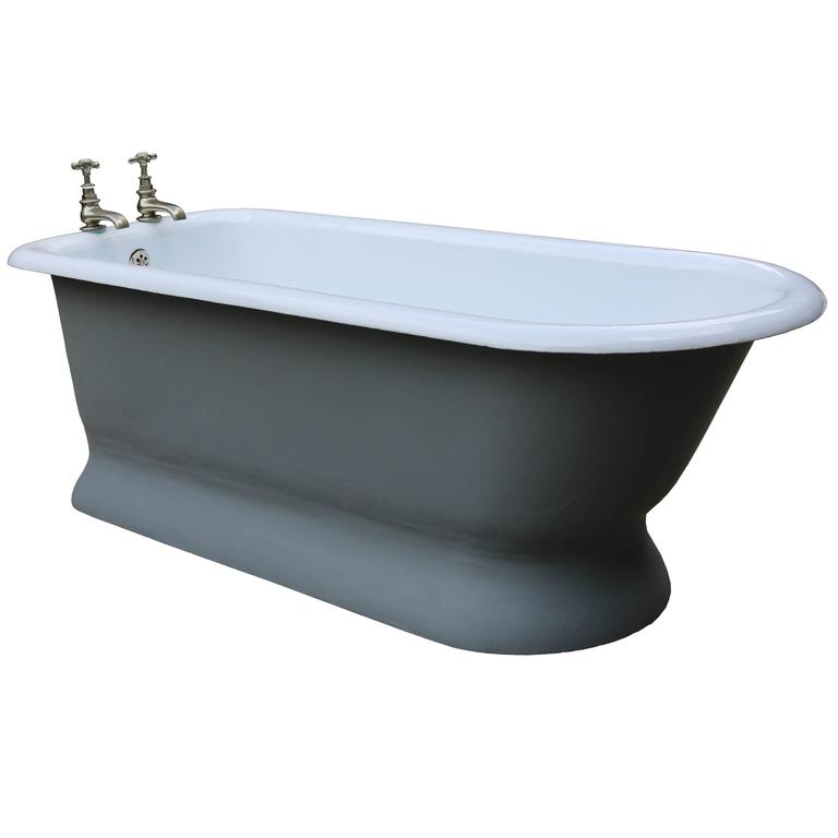 Rare Antique Cast Iron Bath Tub For Sale