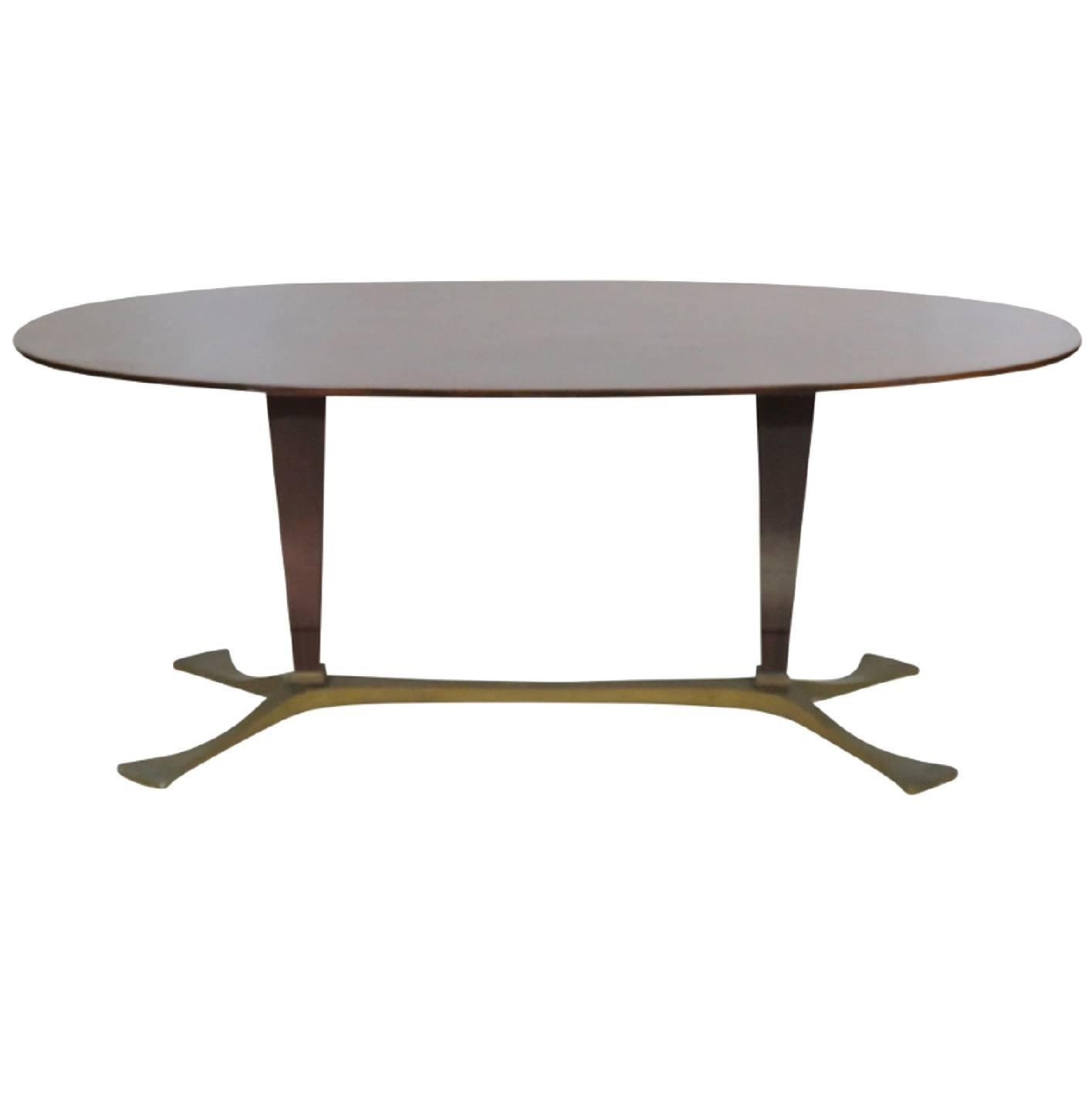 Italian modern oval mahogany dining table at 1stdibs for Italian dining table