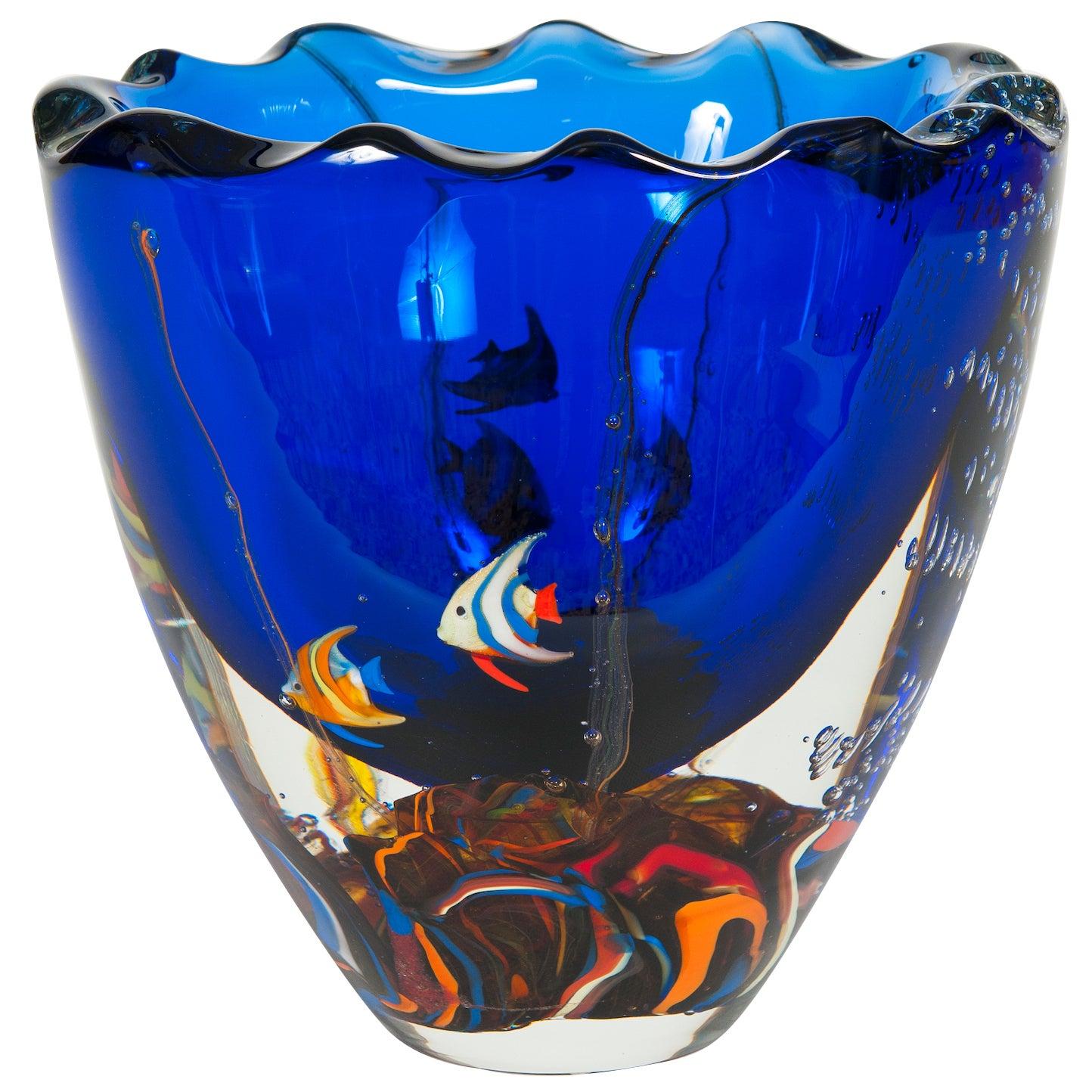 Massive Italian Vase Aquarium with fishes in blown Murano Glass 1980s