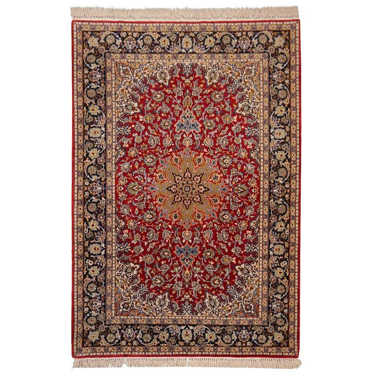 Isfahan Persian Rug Wool and Silk
