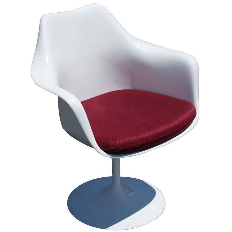 1 original knoll eero saarinen swivel tulip armchair for for Eero saarinen tulip armchair