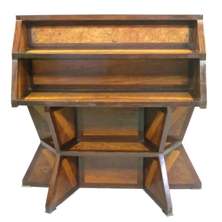 Important Italian Futurist Etagere Attributed to Giacomo Balla 1