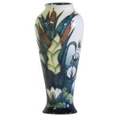 Moorcroft, Modern Vase, 1995