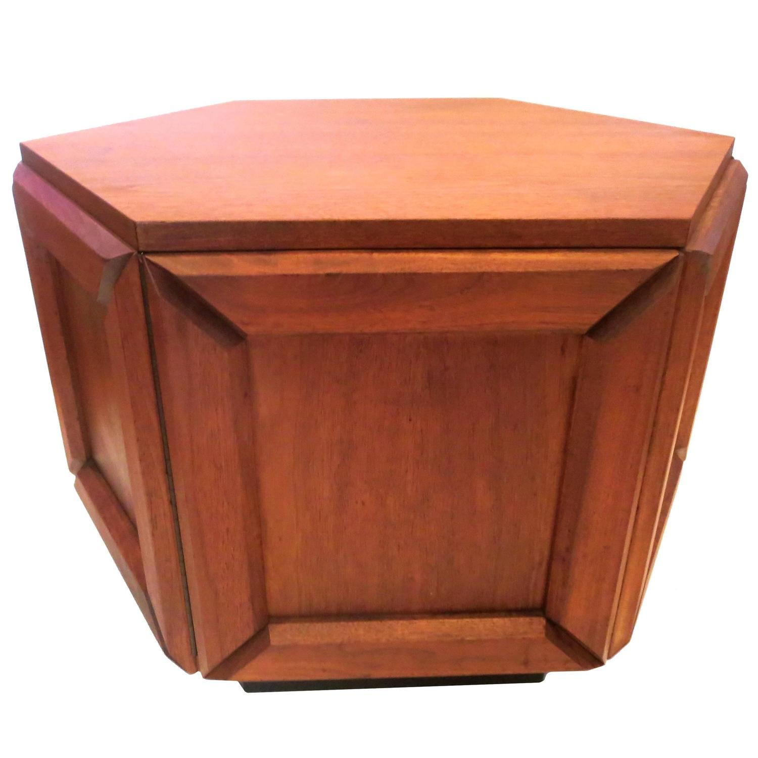 American Mid Century Modern Walnut Hexagon Cocktail Coffee Table At 1stdibs