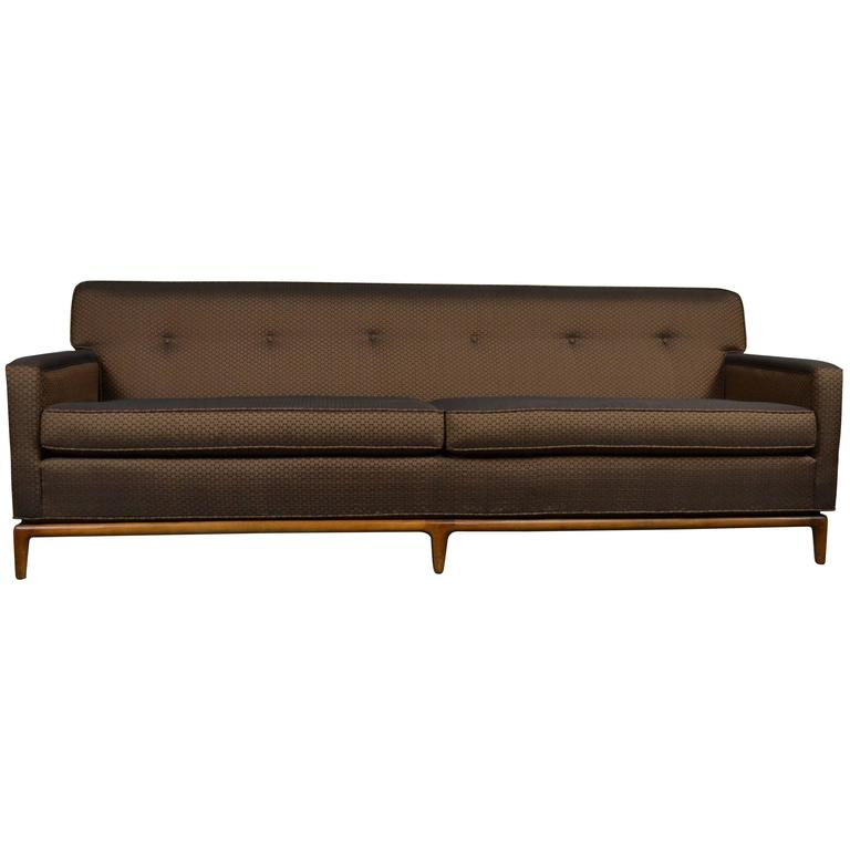 Exceptionnel Mid Century Modern Tufted Tight Back Tuxedo Sofa On Walnut Base For Sale