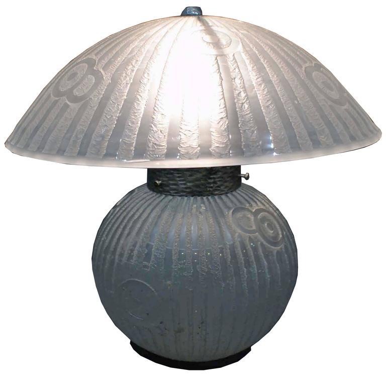 Daum Nancy's Glass Table Lamp, France, 1930