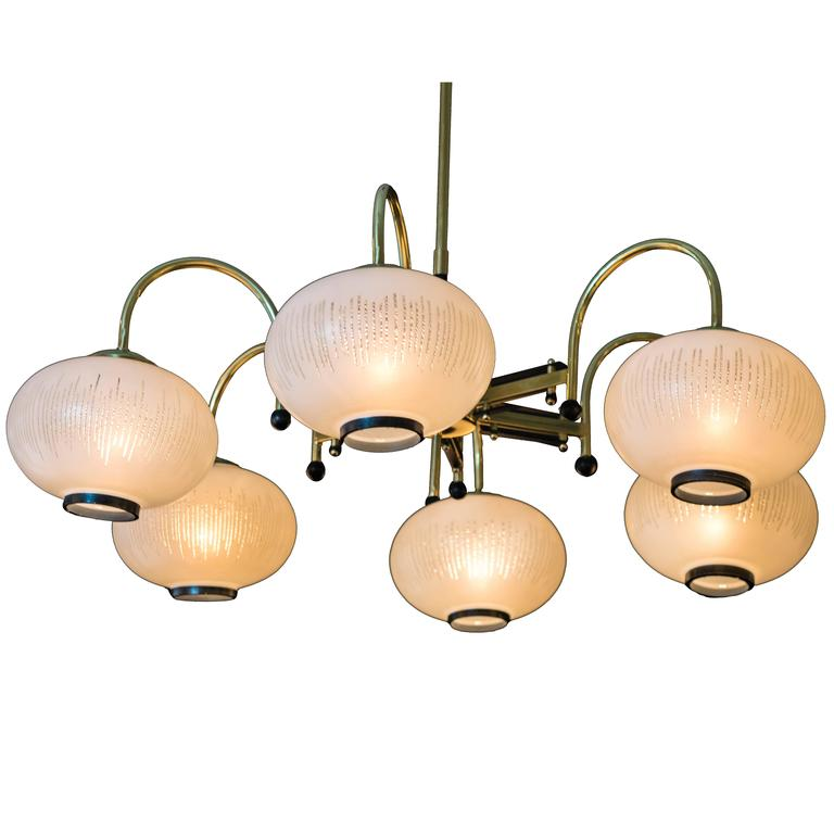 1950s Brass and Black Enamel Italian Chandelier in the Style of Stilnovo