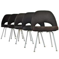 Eero Saarinen Chairs 64 For Sale at 1stdibs