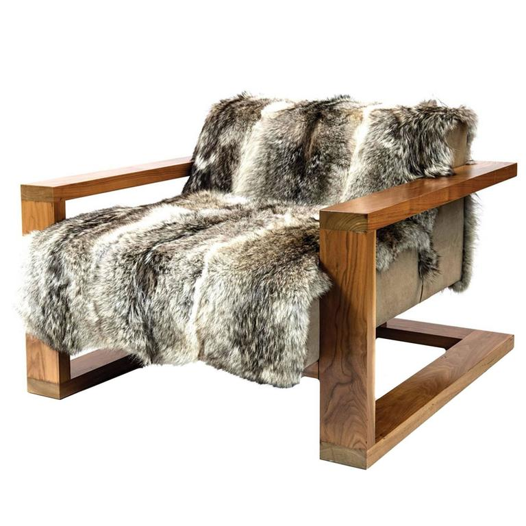 Sentient caribou exposed frame lounge chair coyote fur for Lounge sofa fur terrasse